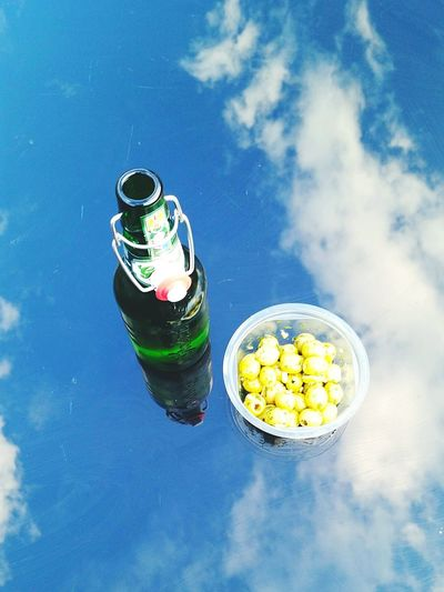 Enjoying a beer and some olives in the garden. Getting Creative Beer Olives Garden Sky Clouds Reflection