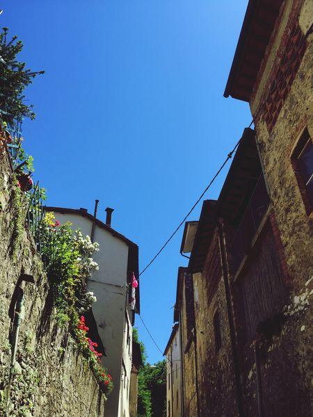 Taking Photos Travel Photography Holiday Tuscany Travel Houses Blue Skies ⛅