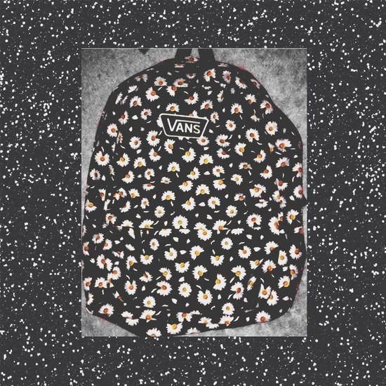 Mochila ❤️??? Popular Photos Moda Vans First Eyeem Photo