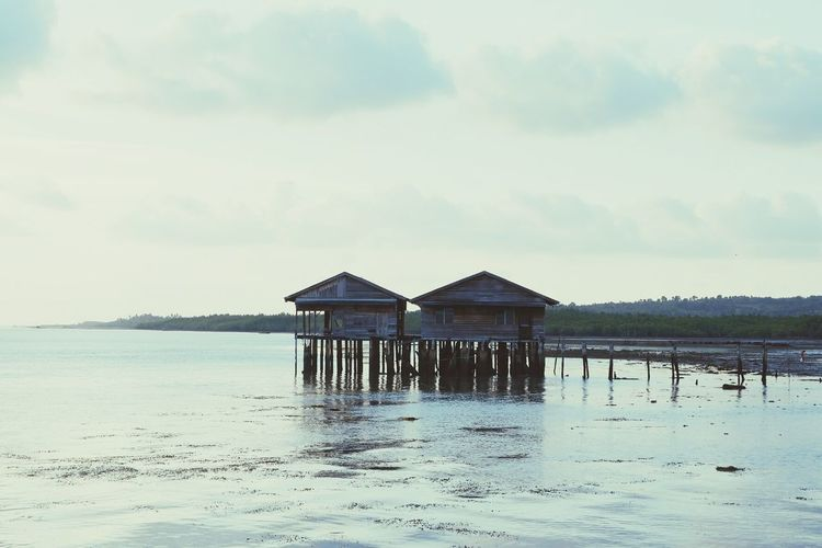 home Sea Hut Water Stilt House Beach Outdoors Built Structure Sky Day Nature Architecture