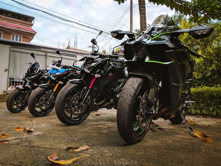 supercharged dad with little ones Planet_roamer Roamer_diaries EyeEmNewHerе Superbike Beast Rocketship Fast Love Beast Teampixel Madebygoogle Google Kawasaki Ninja H2 Supercharged  Znation Z800 Motorcycle Motorcycle Stationary Land Vehicle Bicycle Sky Close-up First Eyeem Photo EyeEmNewHere A New Beginning