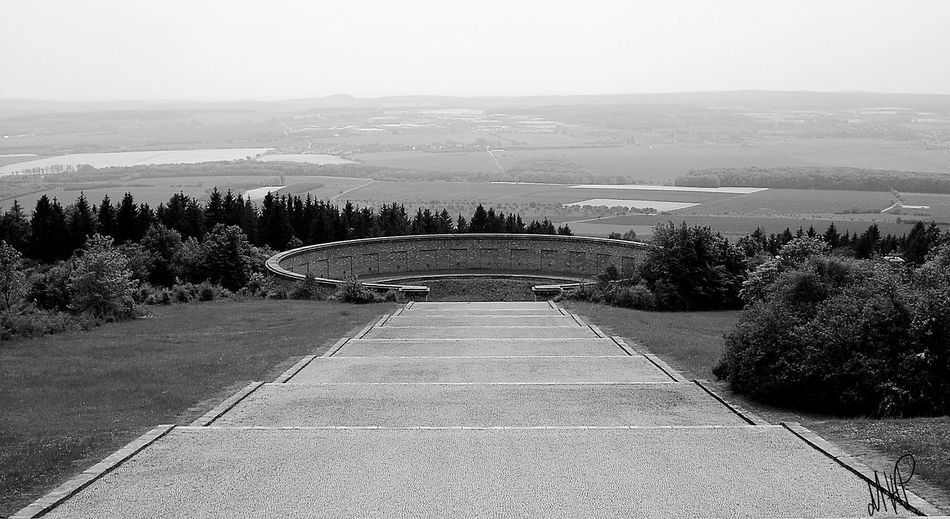 Ringgräber, natürliche Erdsenken wo Tote von der SS verscharrt wurden 1945 Blackandwhite Photography EyeEm Gallery Historical Building Historical Monuments Erinnerungsort Buchenwald Memorial