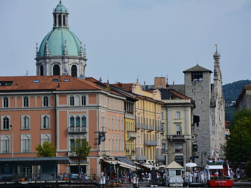 Como Italy Vacation Architecture Church Harbour & Ships Beautiful View Colourful Buildings