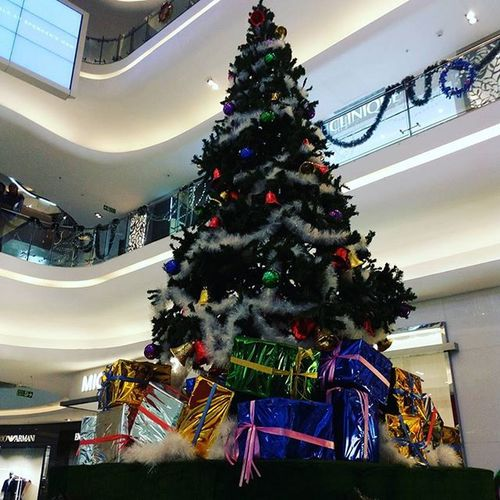 Christmas Tree in Quest Mall QuestMall Christmas Celebration