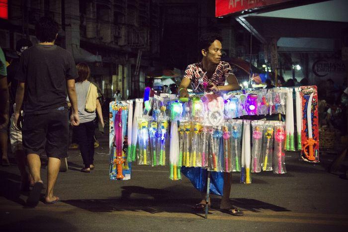 selling for the night.. Vendor Street Photography Cebu Filipinosbelike People Lifeontheroad Streetview The Photojournalist - 2016 EyeEm Awards The Street Photographer - 2016 EyeEm Awards