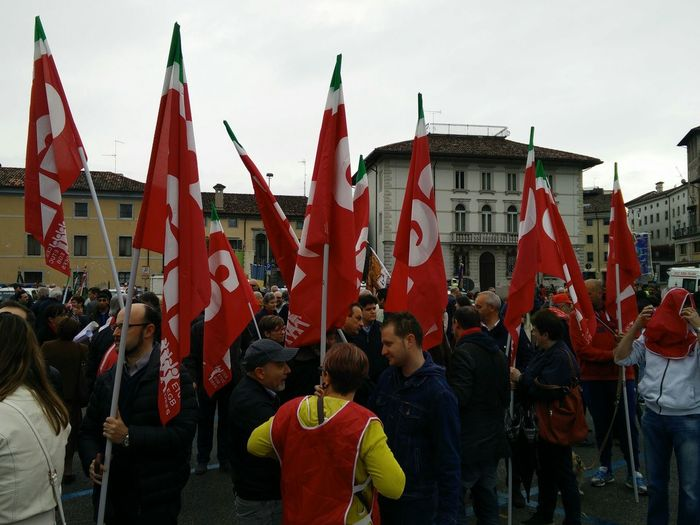 Red flags Theend Ww2 Udine