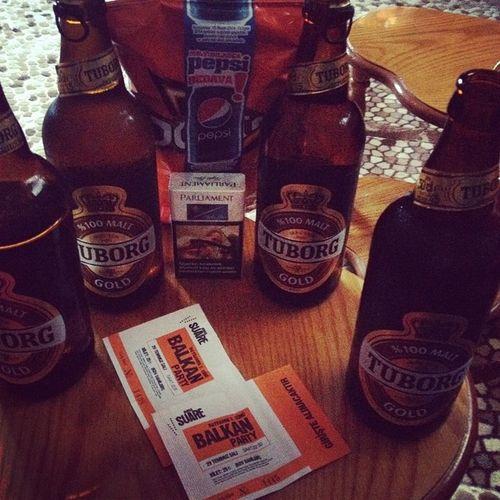 Açılış :) Balkan Party Açılış Takılmaca bira tuborg beer suare @engink16