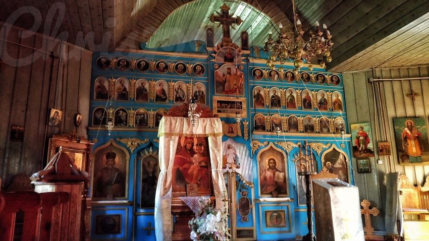 Inside Lepsa Monastery... Indoors  No People Architecture Built Structure Day Worship Places Religious Buildings Old Monastery Old Architecture Wooden Structure Lepsa Monastery Architecture History Romania Monument Iconoghraphy Iconic Idols Painted Pictures Painted Image Wood Model Saints Paintings Iconic Images  God Church