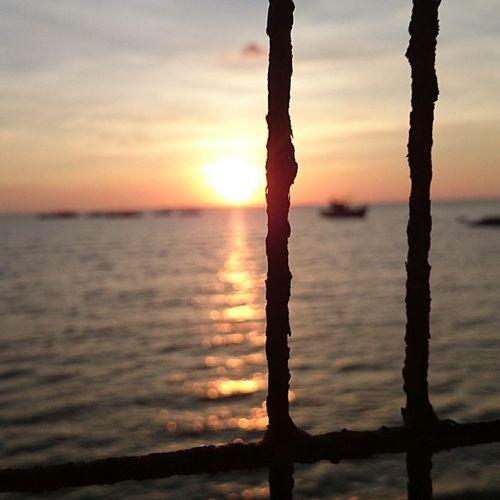 Sunset..☀ Igersmanila Igersphilippines Ig Instragramers igers popular 9pmhabit thechallengigers prodigiouskenny jj jj_foum likes4likes follow4follow igaddict awesome_shots themeoftheday tagsforlikes tags4likes XperiaZ1 hdr iPhoneOnly like4like fotodeldia igvista @thechallengigers wec_ig