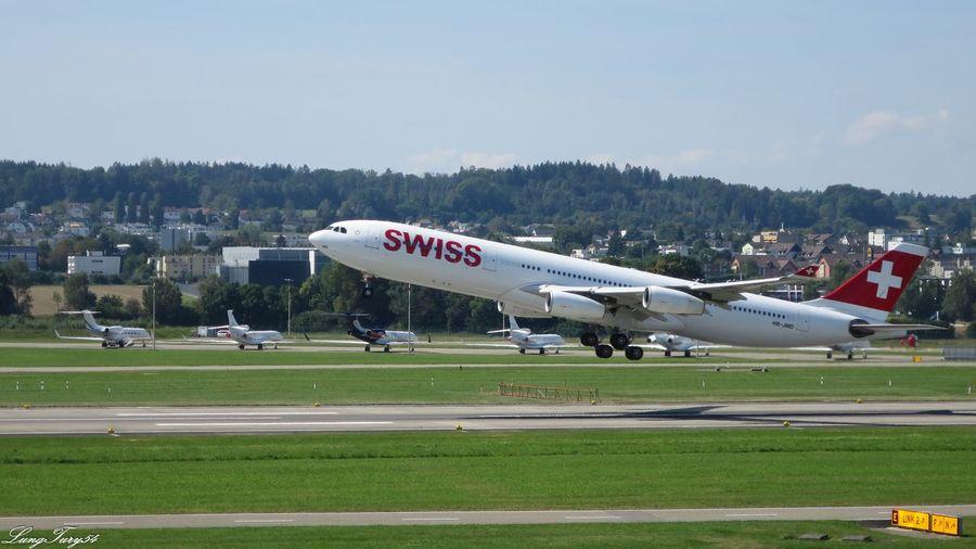 Swiss Airportphotography Day Flughafen Kloten Flying Mode Of Transport Schweiz Sky Switzerland Tourism Transportation Zürich