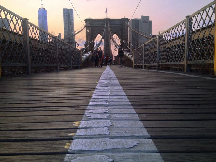 Group of people at brooklyn bridge