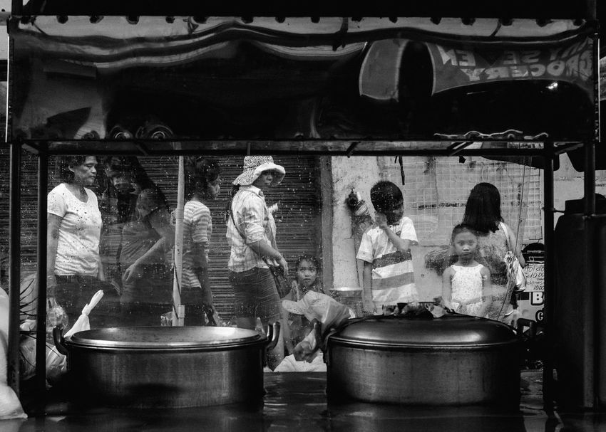 Streetphotography People The Human Condition Everybodystreet Eyeem Philippines B&w Street Photography Street Philippines EyeEm Lucena Street Photography Street Life Streetphoto_bw Blackandwhite The Street Photographer - 2017 EyeEm Awards Outdoors Market People And Places Real People Black And White Friday