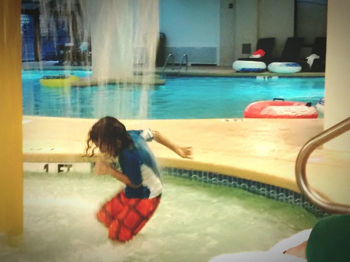 Someones a happy lil' man! Rainraingoaway  Holiday IndoorPool