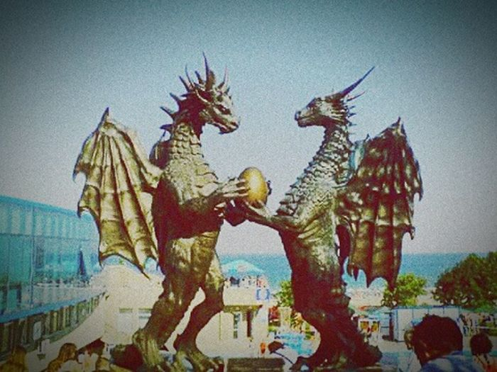 Dragons Egg Dragons Dragon Statue Dragons In Love Metal Art Statue Dragon