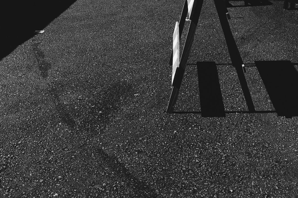 Blackandwhite Black And White Blackandwhite Photography Minimalism Zenfone Photography Texture Abstract Textures And Surfaces Streetphotography Shadows & Lights Shadows Street Osanpo Camera