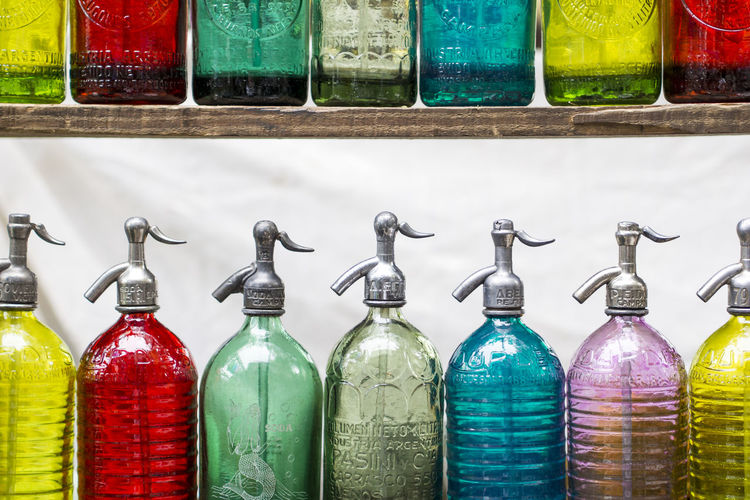 Sifones. Vintage Old Colors Sifones Sparkling Agua Arcoiris Botella Bottle Close-up Color Colorful Cristal Day Freshness Indoors  Multi Colored No People Rainbow Sifón Variation Water