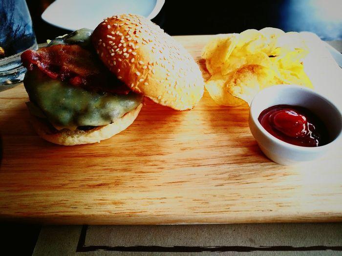 burger yammy Fast Food EyeEmNewHere
