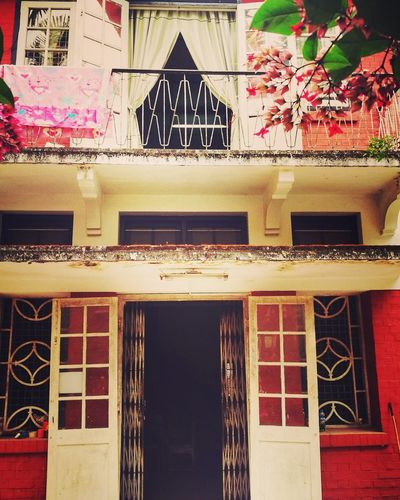 Myanmar Yangon Vicarage Holy Trinity House Colonial Colonial Architecture Architecture Naturally Cool Bogyoke Air Flow Open Window Open Door Architecture Built Structure Window Building Exterior Façade No People Day