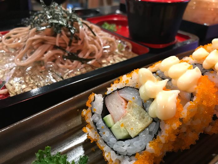 Sushi Food And Drink Food Japanese Food Ready-to-eat Freshness Plate Rice - Food Staple Sushi Sashimi