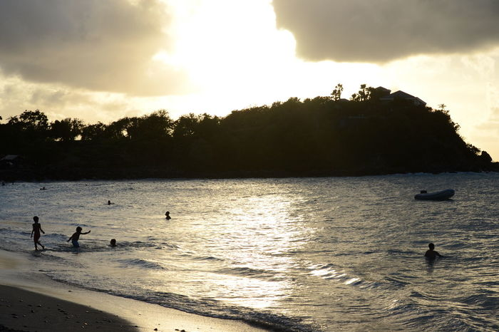 Beach Calm Sea Conrast Enjoy Waem Water Landscape People Sunset Silhouettes