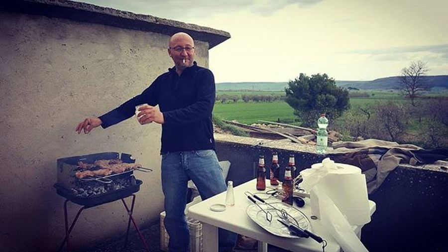 Barbecue.. Pasquetta2016 Friends LOL Peroni Peronibeer Birraperoni Birra_peroni Thisispuglia Love_puglia Loves_puglia Puglia_city Puglia_lovers Pugliagram Beerstagram Italy Peronistyle Pugliastyle Peronismo
