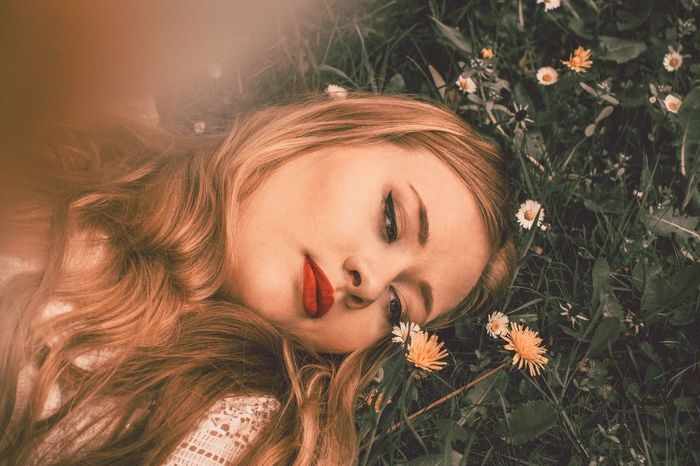 Flower Grass Beauty Young Adult Blonde Nature Outdoors Close-up Summer Women Photoshop Make-up Portrait Model Photoshoot Photographer The Portraitist - 2017 EyeEm Awards Yellow Outdoor Photography Beautiful Woman Young Women Photoart Beauty In Nature Fashion Fashion Photography