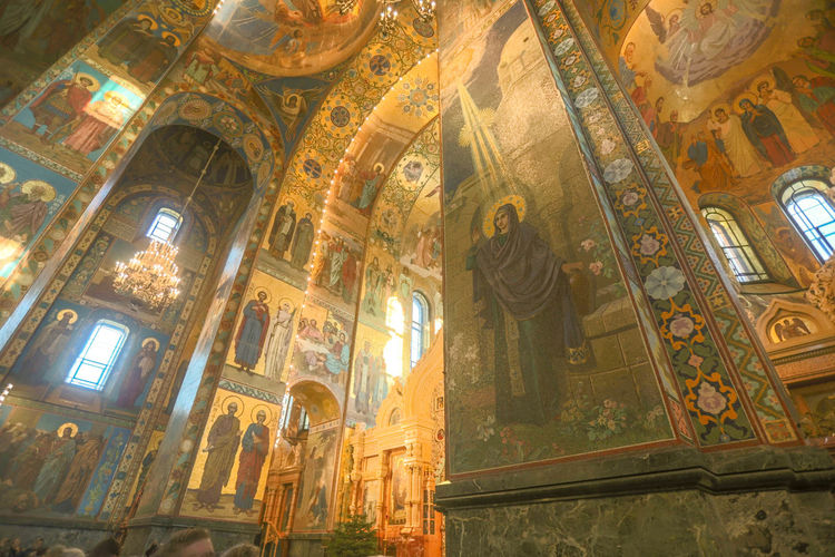 Architecture Religion Art And Craft Low Angle View Belief Spirituality Place Of Worship Human Representation Built Structure Representation History No People Indoors  The Past Creativity Craft Travel Destinations Mural Ceiling Altar Ornate Fresco