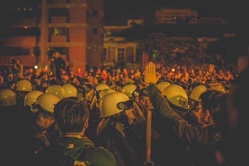 Stand Out From The Crowd Taiwan Taipei Stopping Time Stop Police Protest Politics Fight Fighter