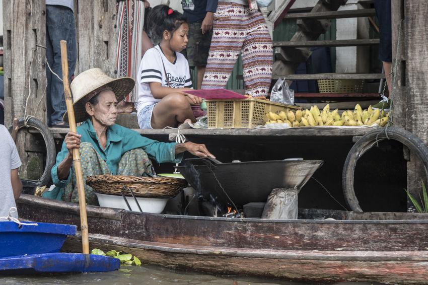 Bangkok Boat Cappello Colori Colors Donna Floating Market Gene Imbarcazione Mercato Mercato Galleggiante People Persone Signora Thailand Thailandia Woman