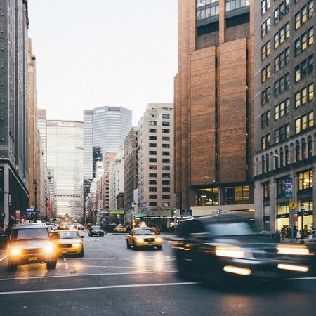 Cityscape 🏢 DSLR Newyork Newyorkcity Gotham Thebigapple Longexposure Ontheroad Skyscraper Buildings Metlife Moody Faded VSCO Vscofilm Analog Winter Cars Rush Traffic Highspeed Streets Streetlights Manhattan Manhattanisland The Architect - 2016 EyeEm Awards