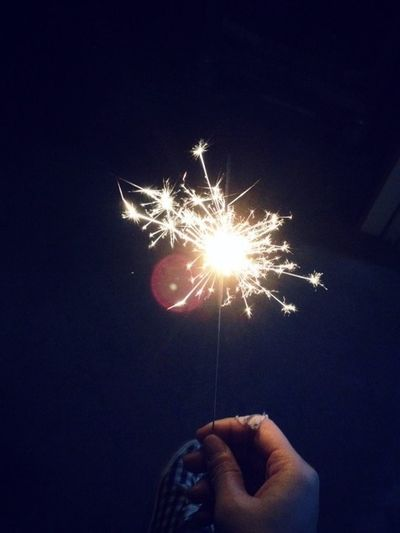 Bokeh Lights Alone 一個人 Me Light Lonely Human Hand Holding Hand Illuminated Human Body Part One Person Firework
