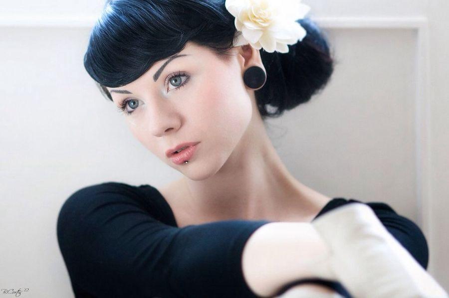 Girl Portrait Beauty © b.cortis www.cortis.info