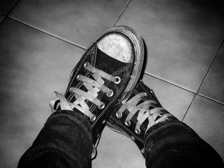 """""""Give a girl the right shoes and she can conquer the world """" Shoes My Shoes Shoes Of The Day Shoeselfie Showcase: January Lovemyshoes Converse Converse⭐ Converse All Star Allstars Blackandwhite Black And White Black&white EyeEm Best Shots - Black + White Blackandwhite Photography Blackandwhitephotograp Black And White Photography Black And White Collection  Monochrome Monochromat Alism Minimalism_bw Photographic Memory Two Is Better Than One"""