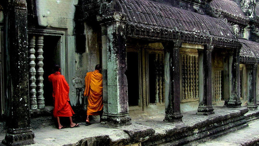 Real People Architecture Cambodia Angkor Wat Monks In Temple Buddhist Temple Buddhism EyeEmNewHere Resist The Secret Spaces Break The Mold Art Is Everywhere TCPM The Street Photographer - 2017 EyeEm Awards Neighborhood Map Angkor Wat, Cambodia Live For The Story BYOPaper! The Great Outdoors - 2017 EyeEm Awards The Photojournalist - 2017 EyeEm Awards The Portraitist - 2017 EyeEm Awards The Architect - 2017 EyeEm Awards Place Of Heart EyeEm Selects Neon Life Breathing Space Investing In Quality Of Life