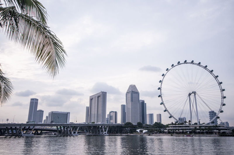 Bridge Built Structure City Cityscape Cityscapes Cloud Cloud - Sky Connection Development Dusk Engineering Horizon Over Water International Landmark Modern Ocean Outdoors River Sea Silhouette Singapore Singapore Flyer Sky Sunset Water Waterfront