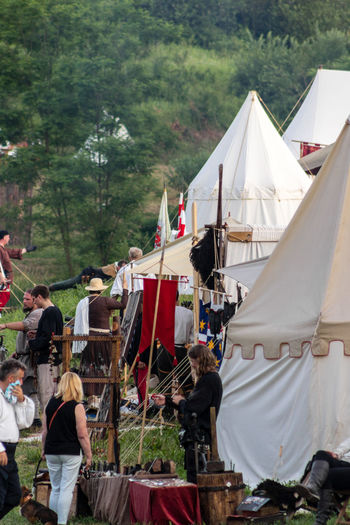 Tent like