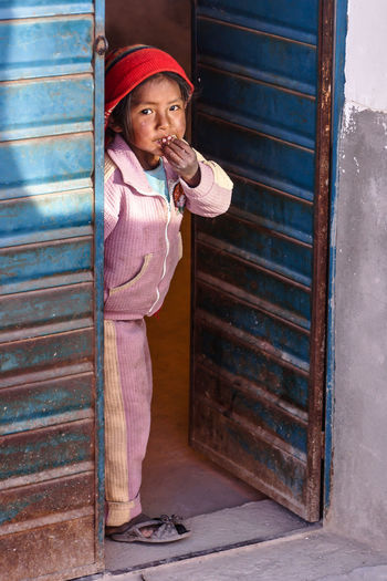 Bolivia Childhood Innocence One Person Poorpeople Real People Travelling Photography Uyuni The Portraitist - 2016 EyeEm Awards Poor People  Poor Kids Third World Poverty Hungry Starving Hunger Inequality South America Dignity Aid Food Eating Natural Light Portrait The Colour Of Life