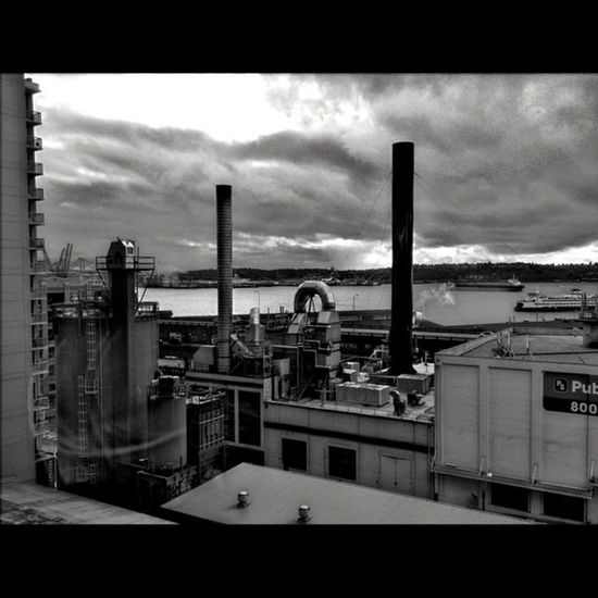 Industry on the water. Seattle Waterfront Pugetsound Bw hdr downtown