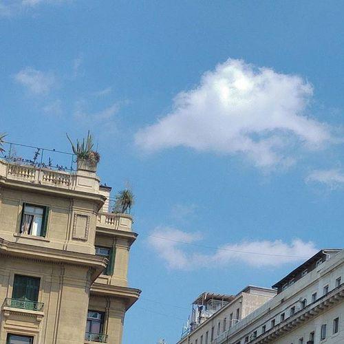 Siempre hay un cielo sobre nosotros.
