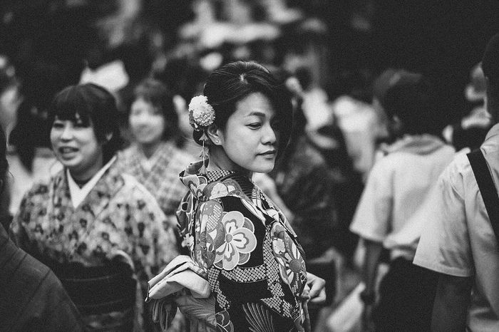 The Portraitist - 2017 EyeEm Awards Kyoto Kimono Portrait Justgoshoot The Street Photographer Capture The Moment Fujifilm Blackandwhite Black & White Blackandwhite Photography