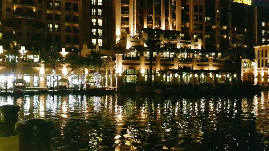 City Water Illuminated Reflection Waterfront Architecture Building Exterior Built Structure Reflecting Pool Residential District Mausoleum TOWNSCAPE Residential Structure Cityscape Reflection Lake Residential Building Office Building Housing Settlement Tiled Roof  Rooftop Urban Scene Tall - High Financial District  Skyscraper Human Settlement Crowded Building
