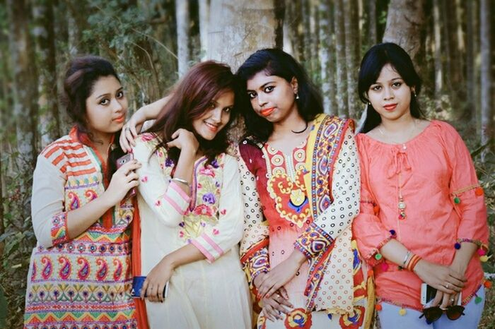 We r very close frnds..i love you buddys Front View Long Hair Adult Teenager Friendship Looking At Camera Portrait Girls Outdoors Standing Day