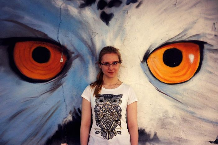 Owl Eyes Owl Portrate One Person Graffiti Front View Young Adult Looking At Camera Young Women Standing Day Real People Outdoors Adult People Adults Only EyeEmNewHere