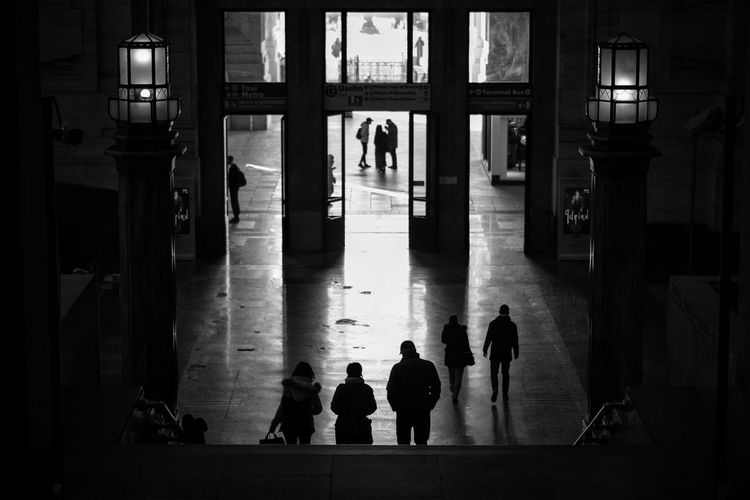 Stazione Milano Centrale Black & White Streetphotography Street Photography Group Of People Real People Men Architecture Silhouette Adult Women Built Structure People Lifestyles Transportation Medium Group Of People Group The Art Of Street Photography