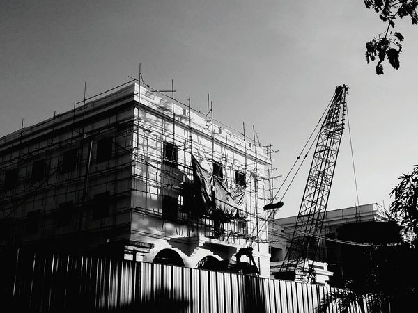 Restoration of the old Army Navy Club.Taking Photos Eyeem Philippines EyeEm Philippines Manila Meetup EyeEm Manila Photowalking Manila Mobilephotographyph Streetphotography Street Photography Bw_collection Blackandwhite Silhouette Mobilephotographyphilippines Showcase March Mobilephotography Sunday In Manila Streetphoto_bw The Architect - 2016 EyeEm Awards