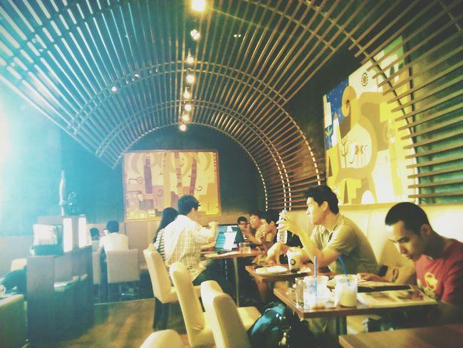 Coffee Relaxing Hanging out at Cafe Kaldi, Bangkok.
