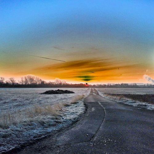 Landscape #sunset #sun #clouds #skylovers #sky #nature #beautifulinnature #naturalbeauty #photography #landscape