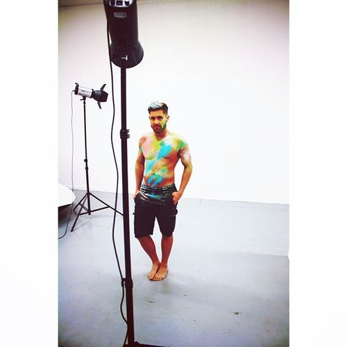 Behind the scenes from tonight's shoot ... Thanks @_jtmua @huxleyschoolofmakeup Huxleyschoolofmakeup Colour Behindthescenes Photoshoot model gay lightscameraaction