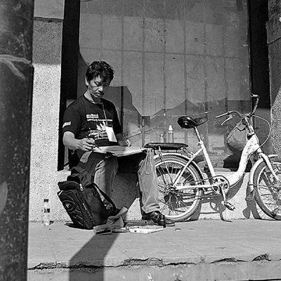 -Sketcher dan Sepeda Usang Arsisketur Anniversary Arsisketchwalk Latepost Oudestad Semarang Kotalama Oldtown Livesketching