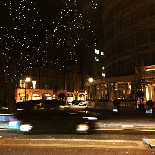 The Connaught Hotel Mayfair Mayfair, London Nightphotography Photography In Motion Cities At Night Cities At Night Eyeem Awards 2016 The Street Photographer - 2016 EyeEm Awards Need For Speed London Lifestyle Embrace Urban Life Welcome To Black EyeEm LOST IN London